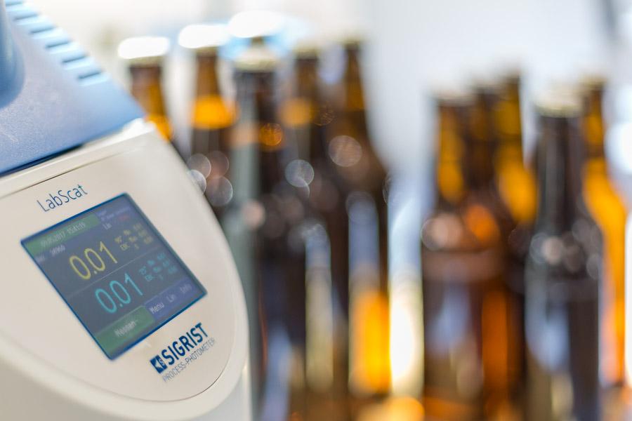 Krombacher-Brauerei-Labor-Steiner-Chemie_01